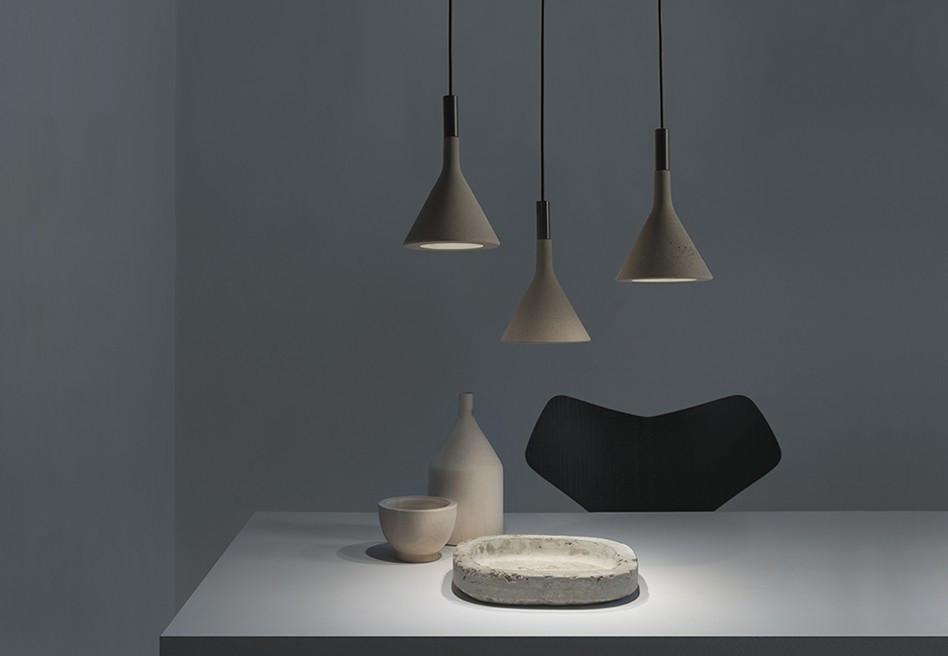 Foscarini - LAMPADA A SOSPENSIONE APLOMB MINI - grigio Gadget utili e divertenti ad ogni prezzo!